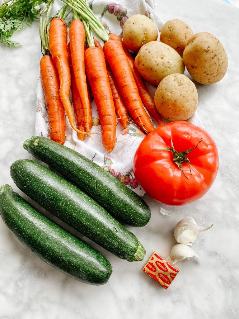 making Potage aux légumes ingredients