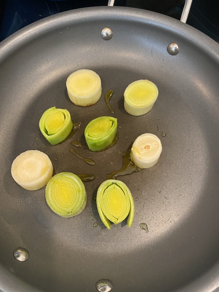 searing the leeks